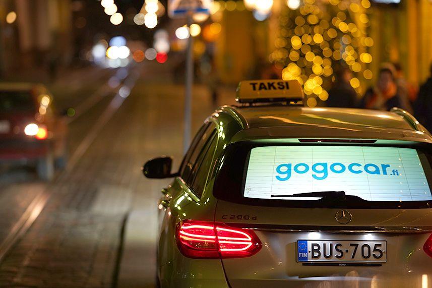 GoGoCar tuo mainokset taksien digitaalisille takalasinäytöille