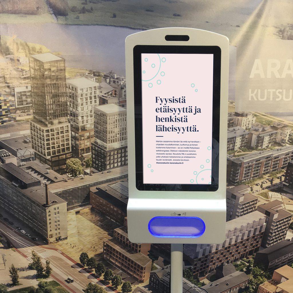 Käsidesiautomaatti on käytännöllinen ratkaisu julkisiin tiloihin